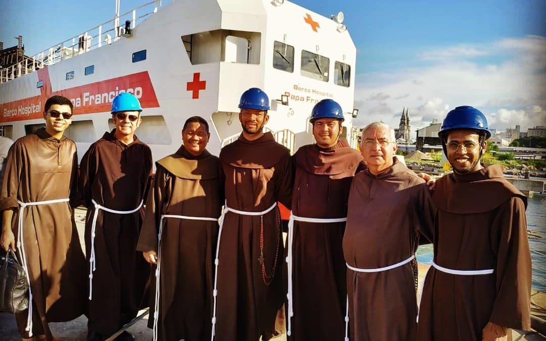 "Bendición del ""Barco-Hospital Papa Francisco"""