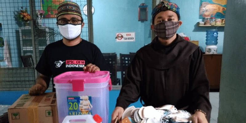Indonesia, solidarietà in mezzo all'epidemia COVID-19